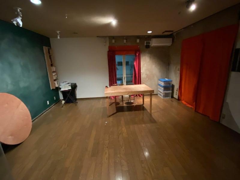広々としたフローリングは様々な用途でお使いいただけます。 - アトリエ5-25-6 レンタルアートスペースの室内の写真