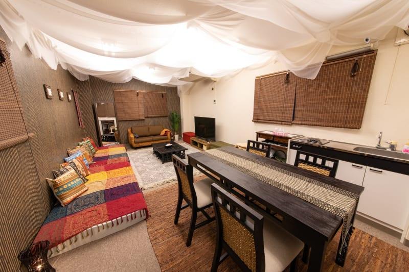 097_バリアンスペース水道橋 バリ風キッチン付スペースの室内の写真