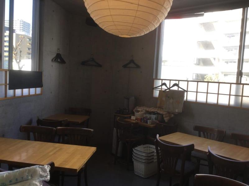 大きな窓のある明るい部屋です。 - 十六夜(いざよい) 3階個室の室内の写真
