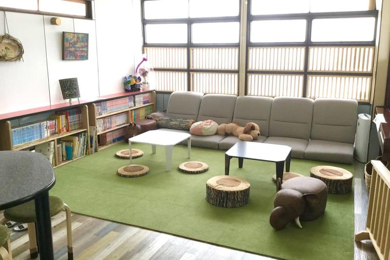 リビング - ペチャ*クチャハウス リビングの室内の写真