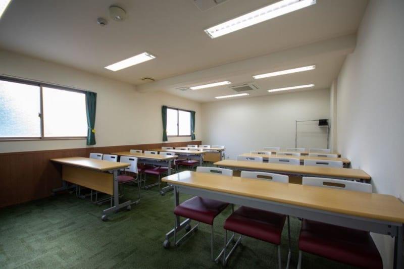 セミナー形式(最大24名)※現在は感染防止対策のためご利用人数はご留意くださいますようお願い申し上げます。 - Kyoto de Meeting Smart / スマートの室内の写真