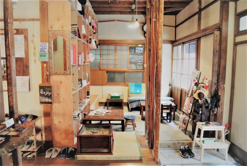 ゲストハウス フタレノ 一棟丸ごとの撮影スタジオの室内の写真
