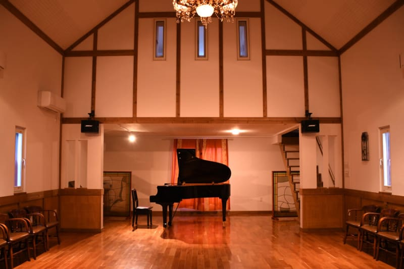 1Fホール - レンタルスペース 音楽館セレレム 音楽館セレレム ホール+控室の室内の写真