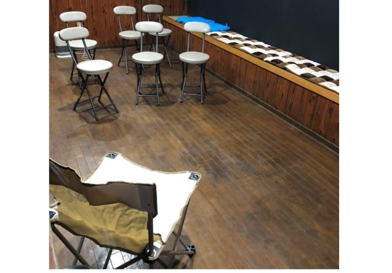 気軽なセミナーにも - 【OKG森ノ宮ルーム】 キッチン付多目的スペースの室内の写真