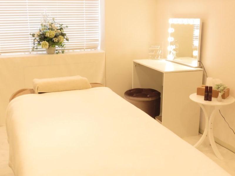 エステやネイル/教室やレッスンや、プライベートヨガ教室なども可能です。 - エコニアレンタルサロン サロンの室内の写真