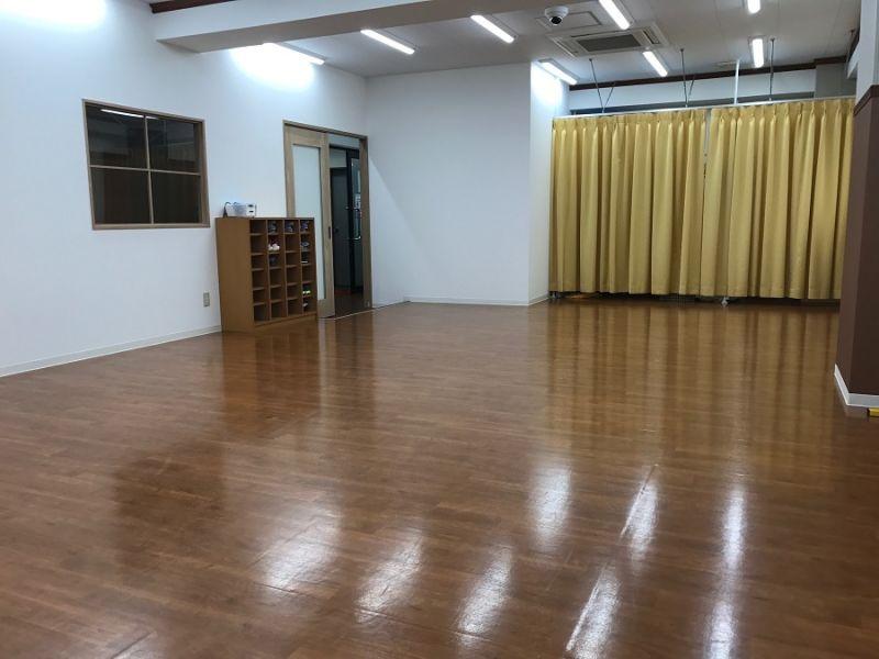 SUN-HUNDS レンタルスペース 幼児体育教室スペースの室内の写真