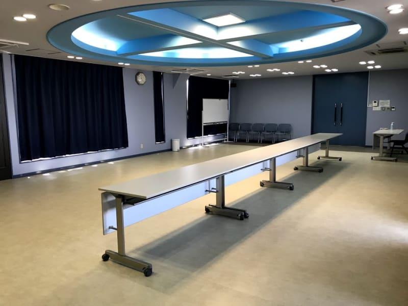 内装はシアタールームのような雰囲気で、あらゆる用途に対応できます。 - RTCビル ニコニコカルチャースタジオ7Fの室内の写真
