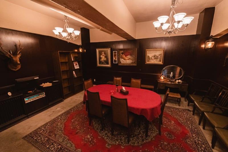 バースペース内観 - 黒門カルチャーファクトリー 撮影スタジオの室内の写真