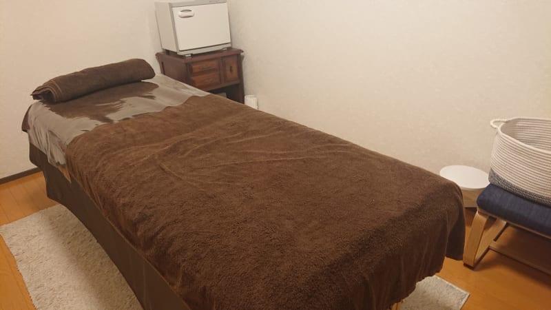 施術用ベッドです。  - レンタルサロン レ・ムーブ 福岡最安級レンタルサロンの室内の写真