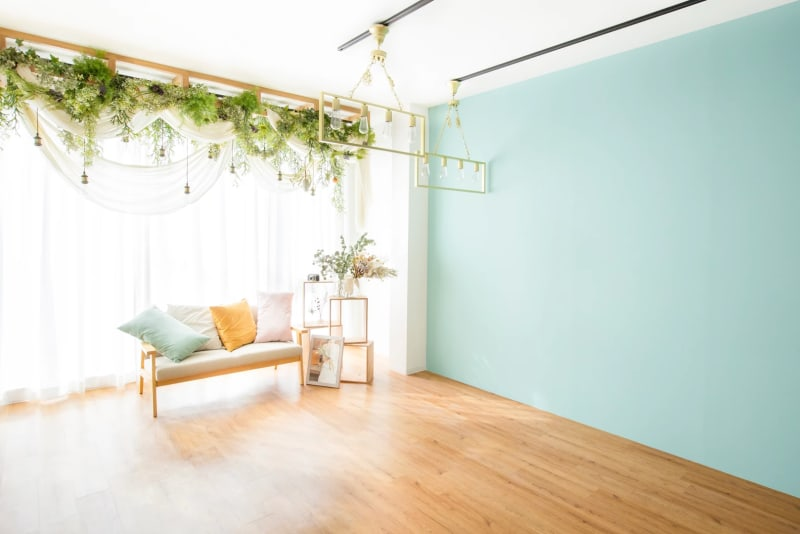 自然光メインの撮影スペース - フォトスタジオ オリーブ 撮影スタジオの室内の写真
