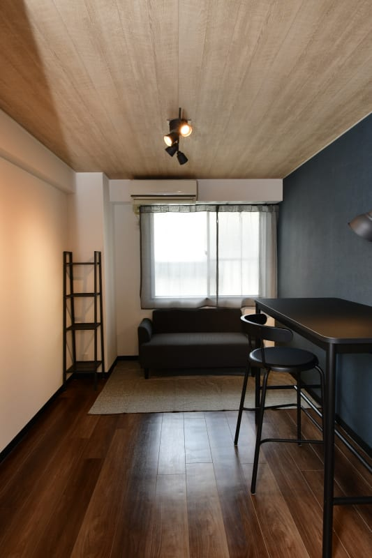 落ち着いたシックな室内 - レンタルルーム・CHICAGO 208の室内の写真