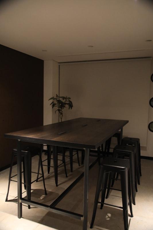 WORK/CAFE NO-ISM スペース利用の室内の写真