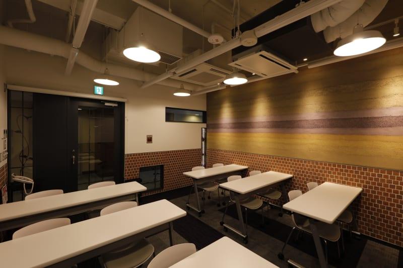 使用例①スクール形式・最大12名 - 恵比寿カルフール Bルームの室内の写真