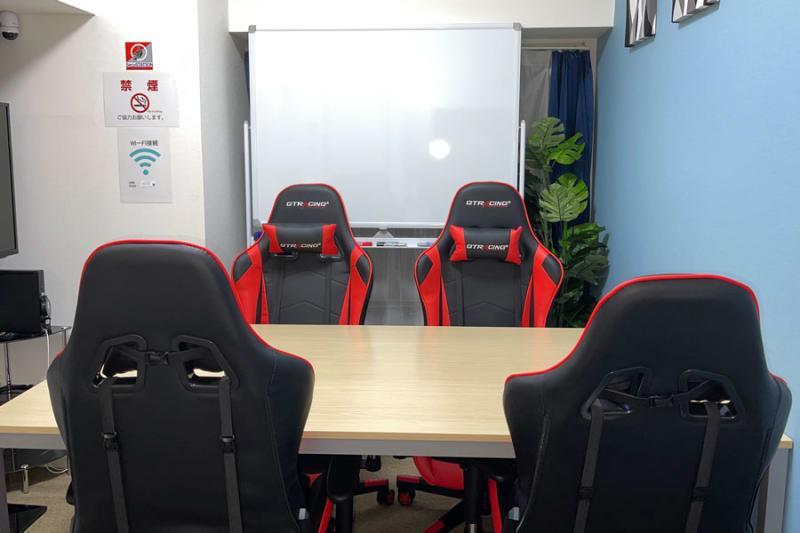 GS新宿南口貸会議室 テレワークや会議に最適な貸会議室の室内の写真