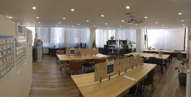 シェアオフィス - 結 - フリースペース(1名様)の室内の写真