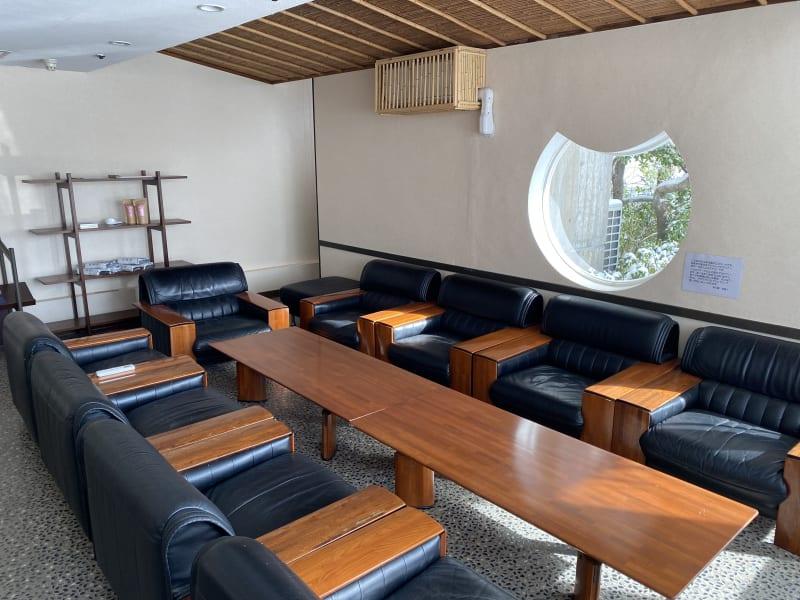 東光園 貸し会議室(応接室)の室内の写真