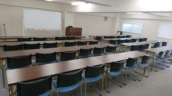 NATULUCK石川町元町店 会議室の室内の写真