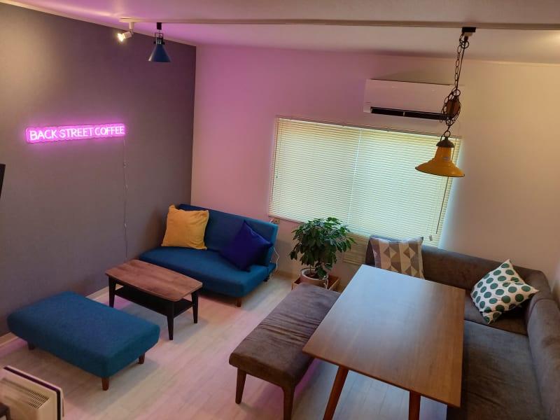 BACKSTREETCOFFEE 2階レンタルスペースの室内の写真