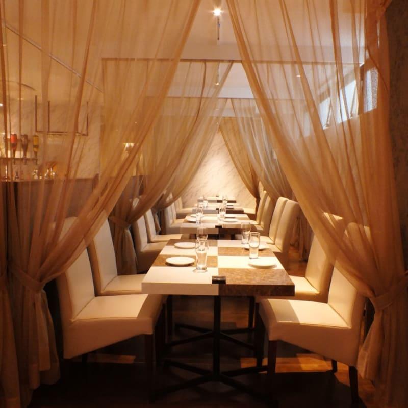 カーテン取り外し可能 - dining speranzaの室内の写真