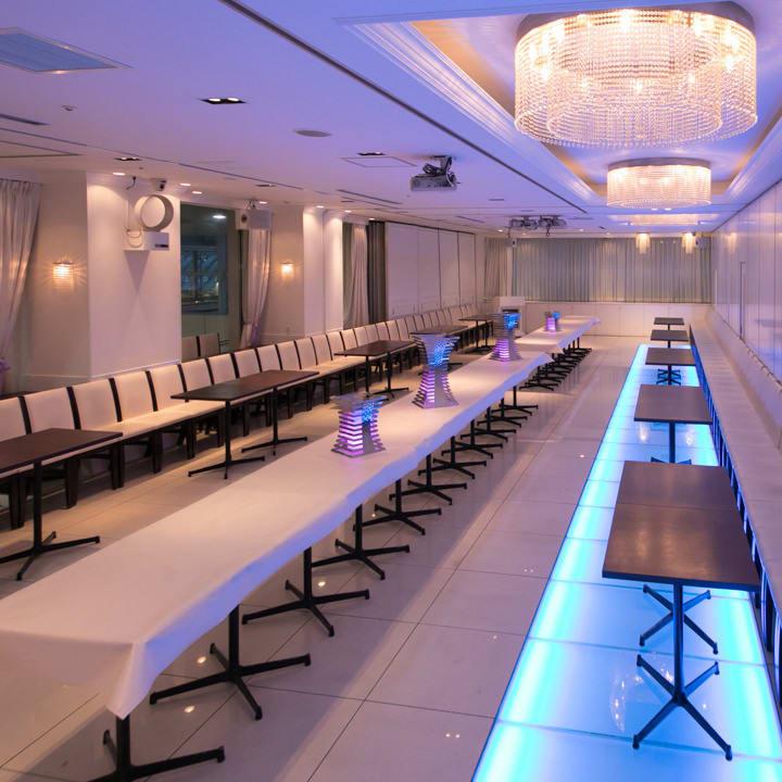 会議利用もできます (画像はパーティの様子) - 品川レンタルスペース、貸し会議室 人数制限60名様(CDルーム)の室内の写真