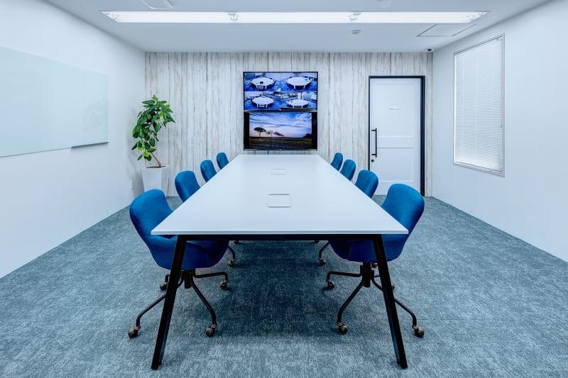 会議に集中できるお部屋 - TGIマーケティング TGI会議室 カジュアルルームの室内の写真