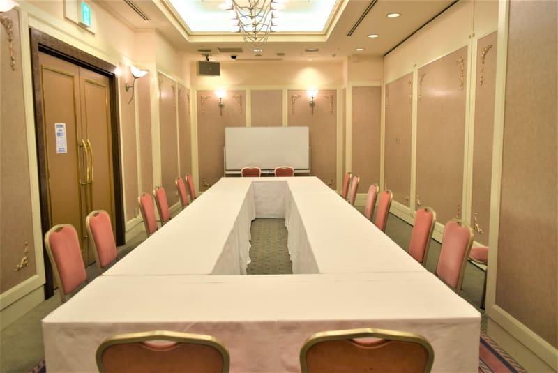 浅草セントラルホテル 会議室 桔梗の室内の写真