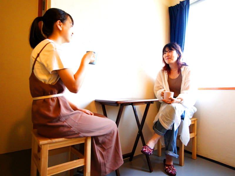 ■ホテルの客室スペース■個室■共用キッチン付■ユニットバス完備■ - WeHome ■ホテルの客室■1名限定■個室■の室内の写真