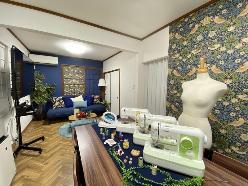 広い空間で裁断・縫製が出来ます - プレテコフレ朝潮橋 駅前レンタルミシンスペースの室内の写真