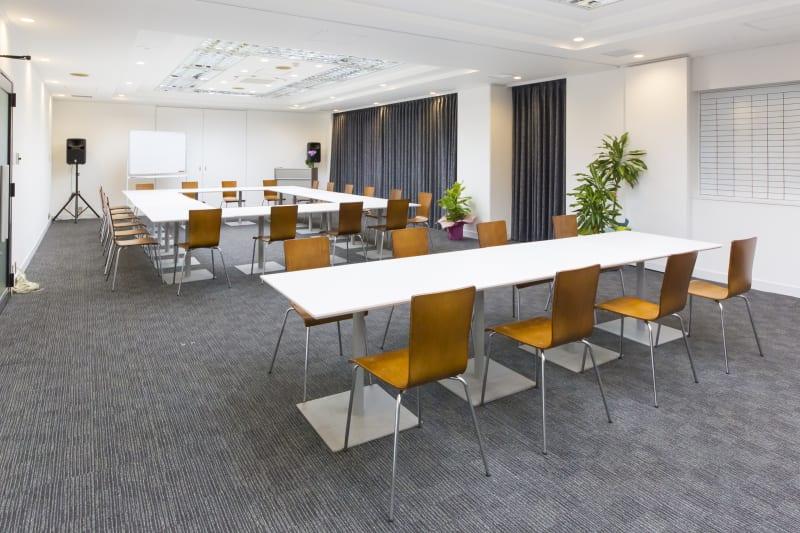 H.B.P HOTEL貸し会議室 - H.B.P HOTEL 会議室 会議室、セミナー、教室、オフ会等の室内の写真
