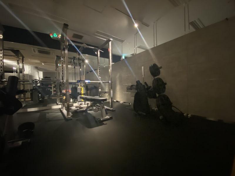 HMC JAPAN 渋谷 マシンRoom1の室内の写真