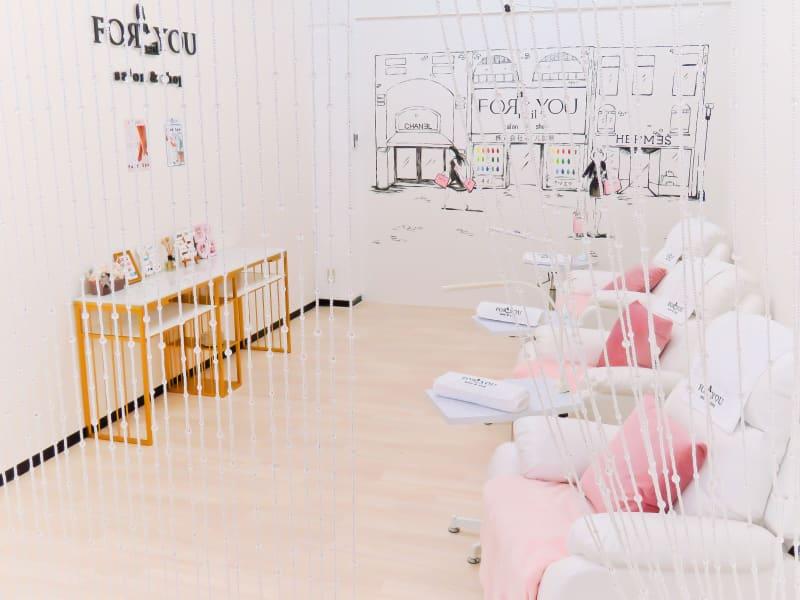 女性専用電動ソファースペース - ForyouNail ソファースペースの室内の写真