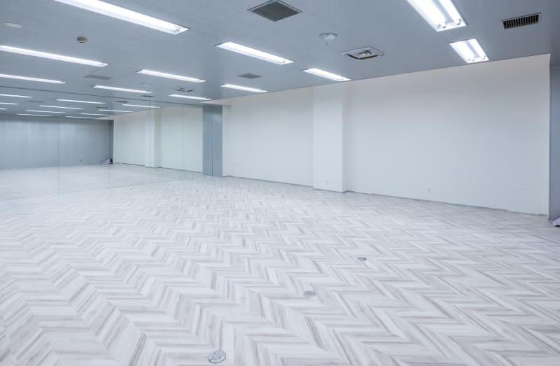 高さ2メートル60センチ 幅5メートル巨大鏡です。 - ワンクロ中目黒スタジオ 多目的スペース・スタジオの室内の写真