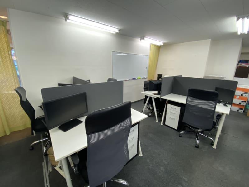 レンタルスペース アースタイムズ 【個人用】ワーキングスペース1の室内の写真