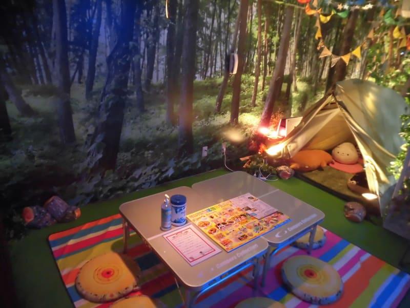 テントとワタシ 雨の日でも手ぶらでキャンプの室内の写真