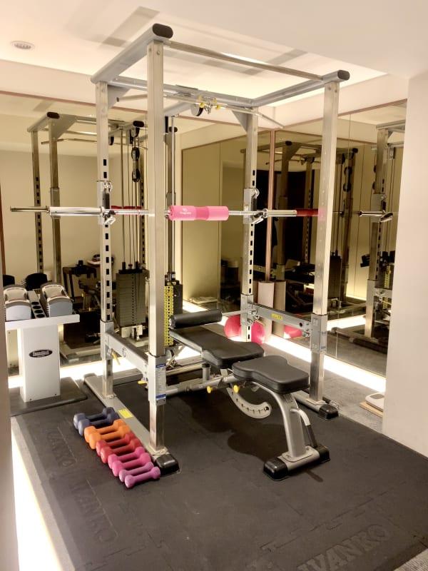 crebiq銀座 女性専用トレーニングスペースの室内の写真
