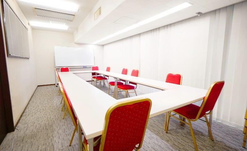 TKP銀座ビジネスセンター ミーティングルーム8Dの室内の写真