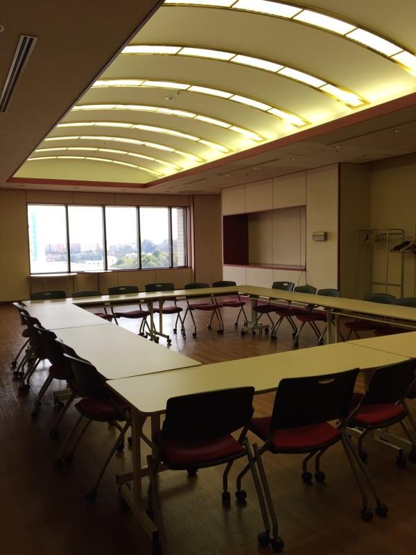 ホール室内様子 - おしごとカフェ&ホールの室内の写真
