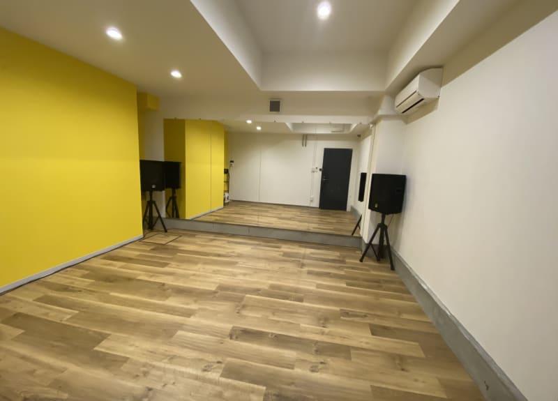 レンタルスタジオ「ダンサーズ」ダンサーズ スタジオBの室内写真 - レンタルスタジオ「ダンサーズ」 Bスタジオの室内の写真