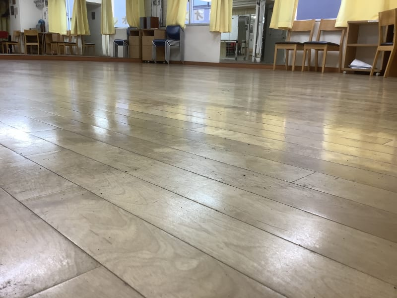桜木の疲れないフロア - スタジオ レオン ダンスレッスン、練習にの室内の写真