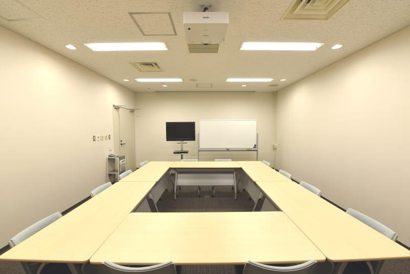 ロの字形式(12席) - Hikarieカンファレンス Room Bの室内の写真
