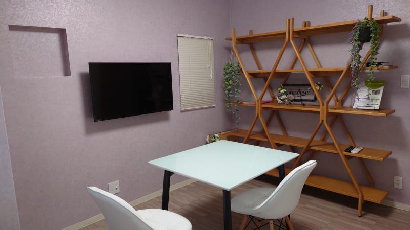 落ち着いたオシャレな空間です。 - OsakaStartupPark Room-2の室内の写真
