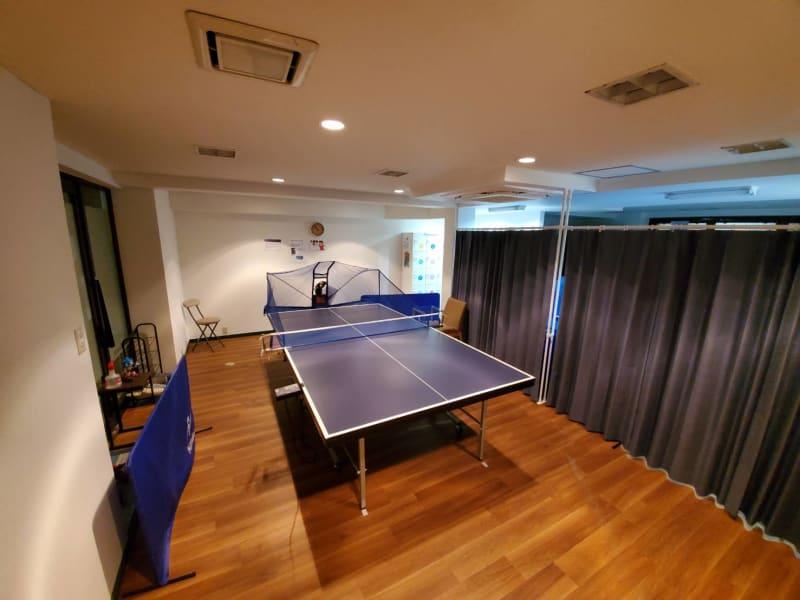 A台(入口手前) - 卓トレ府中店 マシン練習専用卓球場の室内の写真