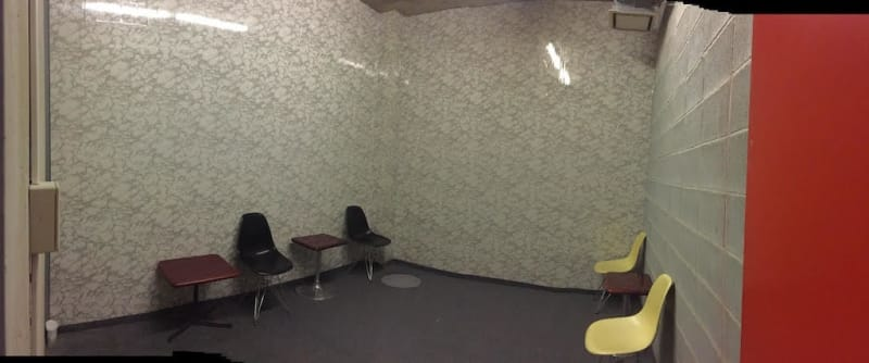 AH Sound proof 控室・会議室の室内の写真