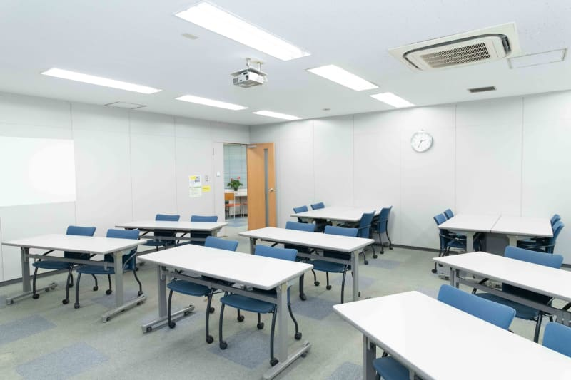 LMJSharingCenter 3S会議室の室内の写真