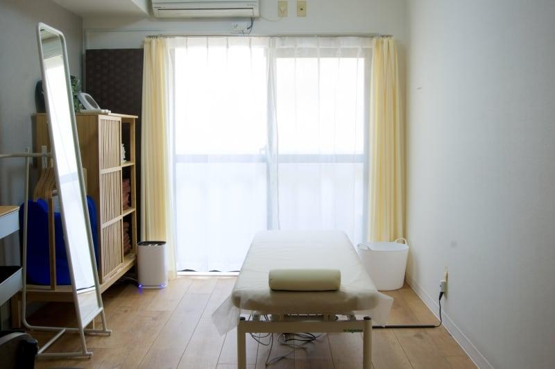 完全個室の快適空間 - simple阿佐ヶ谷 施術専用レンタルサロンの室内の写真