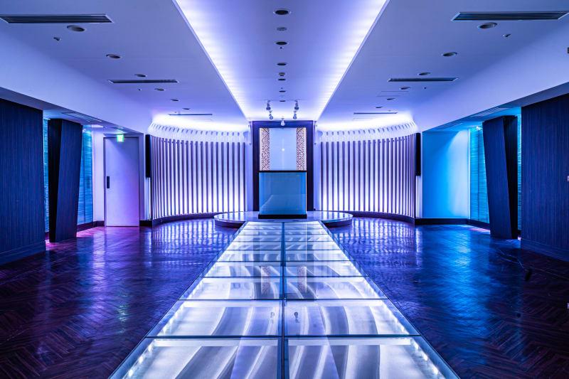 関内駅徒歩3分 機材レンタル込み スチール・ムービー・配信etc         - フォトスタジオ マッシュアップ ラグジュアリーの室内の写真