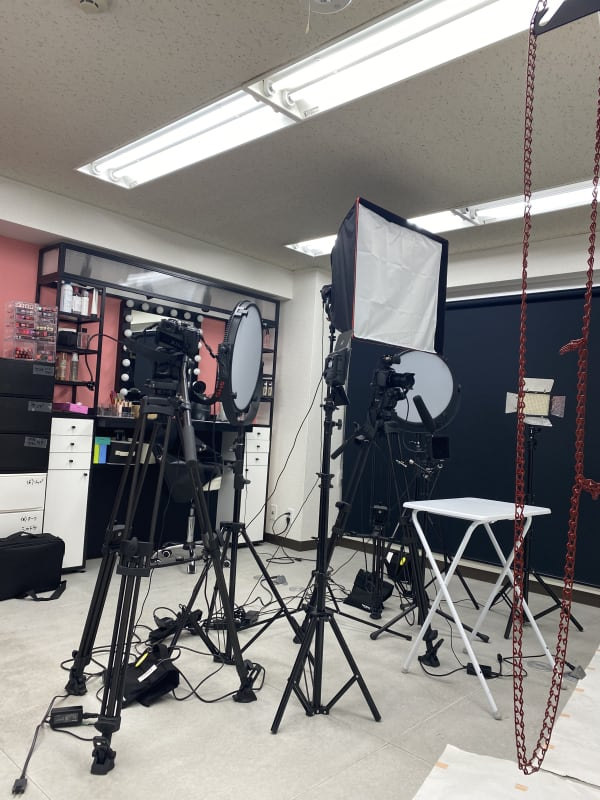 スタジオ Mine 渋谷駅6分!撮影/メイクスペースの室内の写真