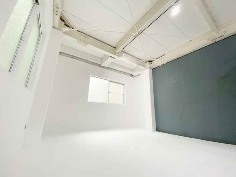 【2階】白ホリ&グレー壁 - スタジオ クリームソーダの室内の写真