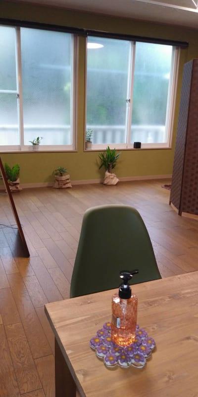スペースHANARE サロンスペース シェアプランの室内の写真