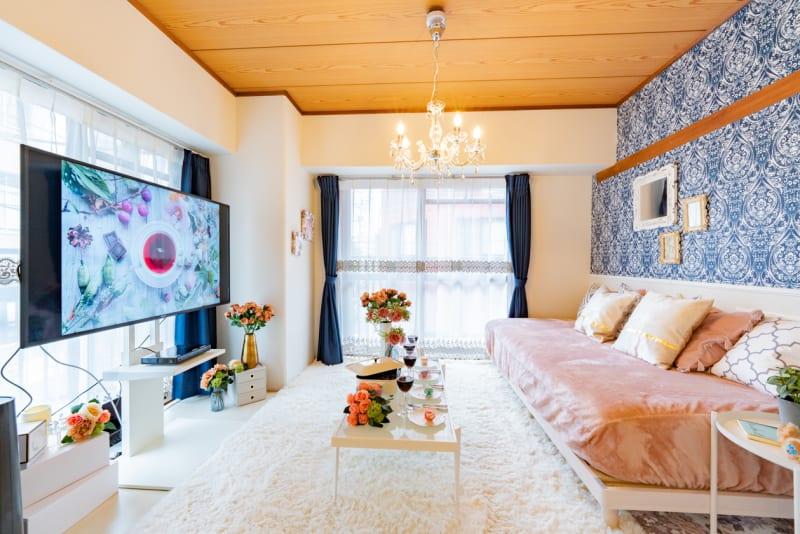 55型の📺でゆっくり鑑賞会も可能✨ - レンタルスペースCHAKRA レンタルスペースCHAKRA京橋の室内の写真